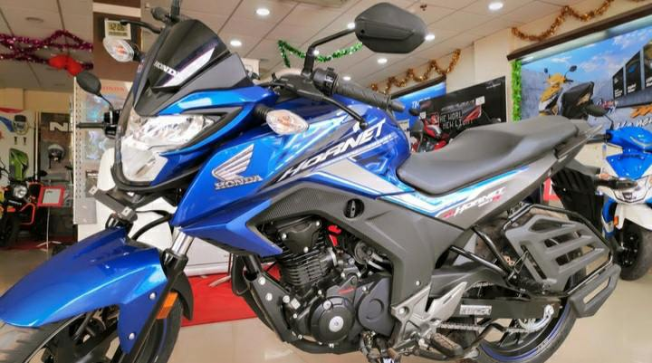 Honda CB Hornet 160R CBS price in Bangladesh with Review